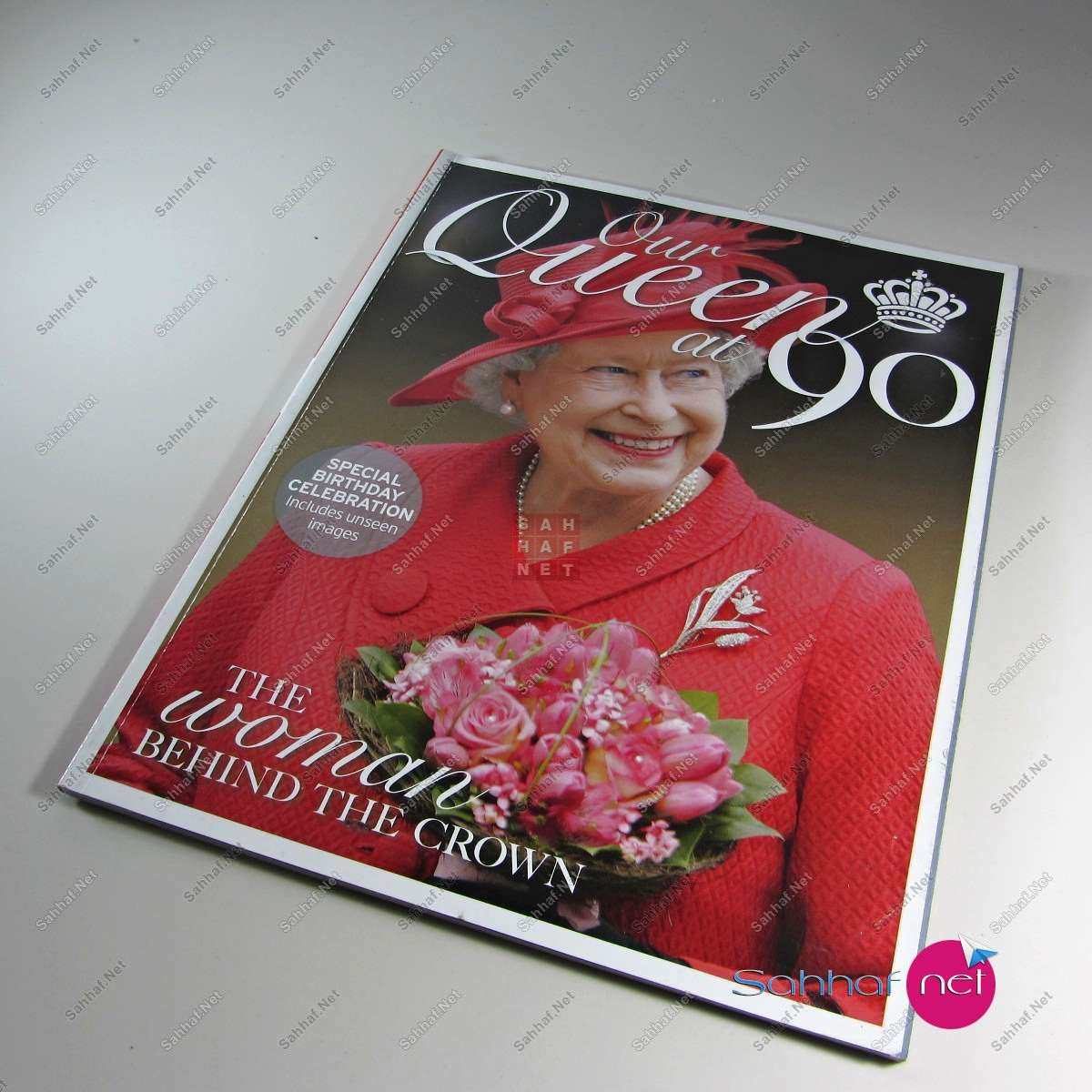 OUR QUEEN AT 90 Dergi